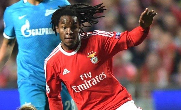 Benfica coach Rui Vitoria on Man Utd target Renato Sanches: Stay or go?