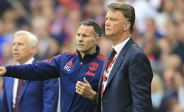 ​Gullit brutal in assessment of Man Utd axing of Van Gaal