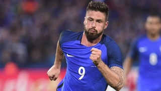 Arsenal striker Olivier Giroud scores twice in France win