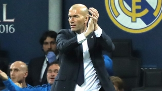 Real Madrid coach Zidane pushed about Malaga 'throwing game'