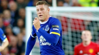 Everton veteran Barry: Koeman, Southgate ideal for Barkley