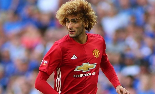 Fellaini rejects Man Utd contract offer