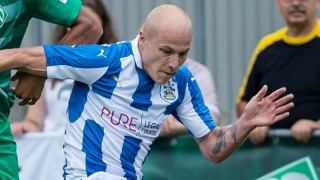 Brighton eyeing Man City midfielder Aaron Mooy