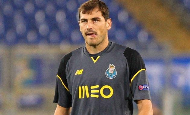 Real Madrid legend Casillas locked in Liverpool contract talks