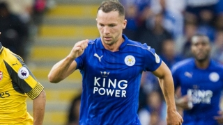 ​Shakespeare should succeed Ranieri, says Leicester midfielder Danny Drinkwater