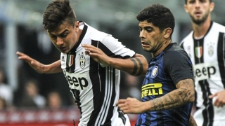 Inter Milan coach De Boer denies freezing out Banega