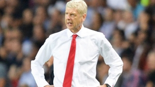WATCH: Irate Arsenal boss Wenger pushes fourth official - repeatedly
