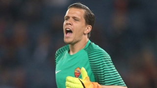 Roma goalkeeper Wojciech Szczesny admits title hopes over