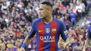 Barcelona ace Neymar denies frustration being in Messi shadow