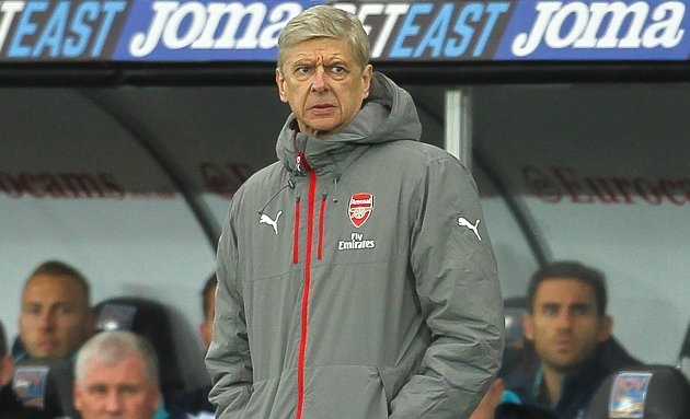 ​Wenger working on Arsenal transfer targets for next season