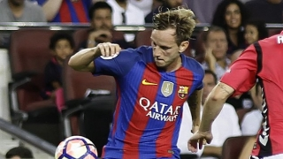 Barcelona midfielder Rakitic apologises to Man Utd's Pereira and Granada