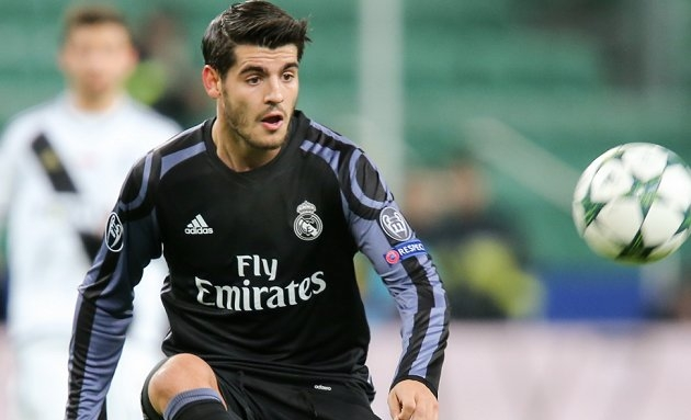 Real Madrid striker Alvaro Morata favours Chelsea over Man Utd...