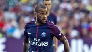 Flamengo fullback Daniel Alves: I could've returned to Barcelona