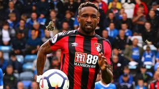 Bournemouth striker Defoe urges West Ham fans to back Moyes