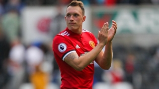 Man Utd kickoff Phil Jones contract talks