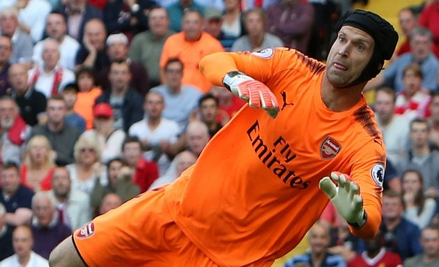 Arsenal keeper Cech: I never had rotations at Chelsea...