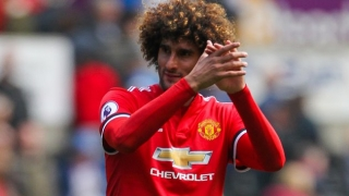 Man Utd boss Mourinho refusing to drop Fellaini stay hopes