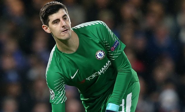 Spanish expert reveals Courtois refusing to commit to Chelsea
