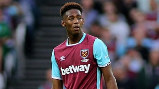 West Ham defender Oxford 'happy' with Augsburg loan
