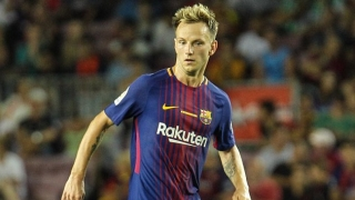 Rakitic ends PSG talk with Barcelona pledge