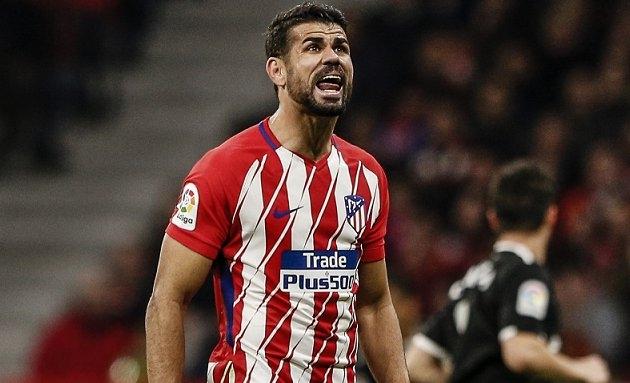 Chelsea take Diego Costa legal advice in Conte compo row