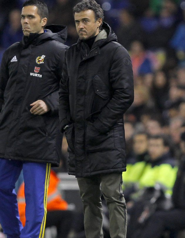 Ex-Barcelona coach Luis Enrique new favourite for Spain job