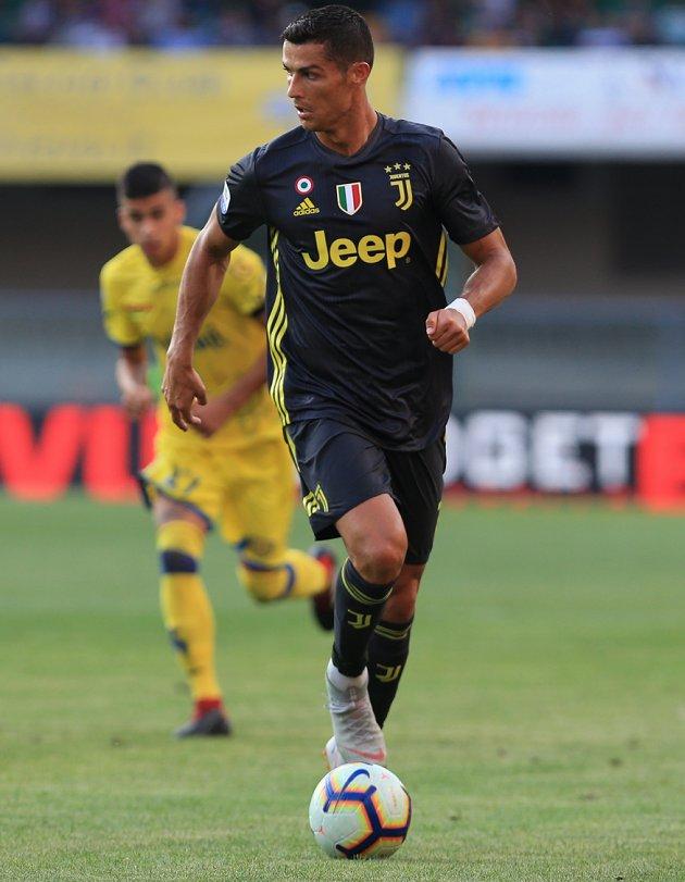 Juventus midfielder Douglas Costa: Ronaldo knows points more important than goals