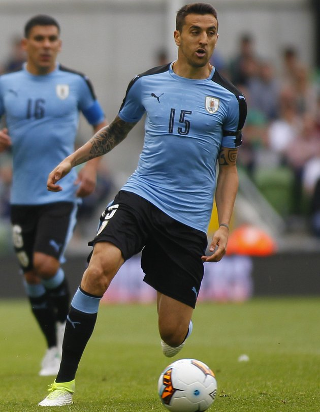 Chelsea and Inter Milan discuss Vecino terms in Nice