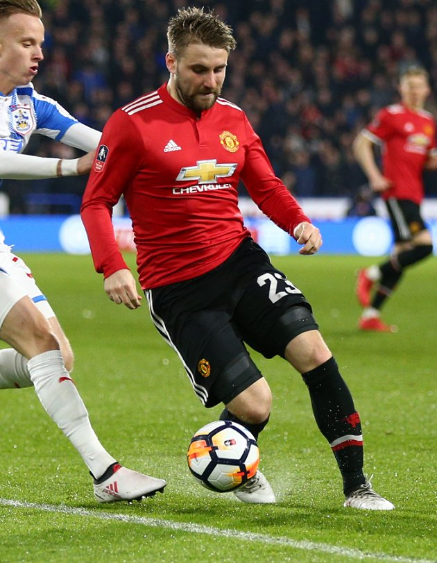 Man Utd left-back Shaw waiting until summer to assess options