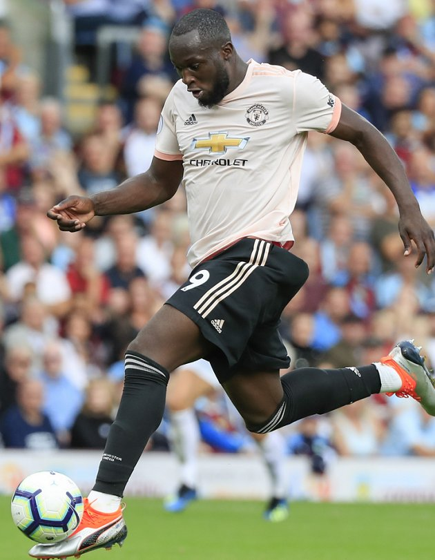 Ex-teammate on Man Utd striker Lukaku: You cannot stop a train with your hands!