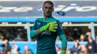 Aston Villa boss Bruce faces Cardiff competition for Man Utd keeper Johnstone