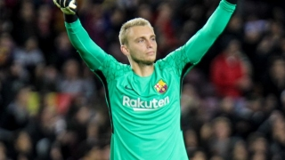 Barcelona coach Valverde handed Cillessen injury headache