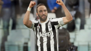 Chelsea face AC Milan competition for Juventus striker Higuain