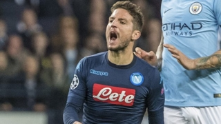 Napoli attacker Dries Mertens fancies change of position