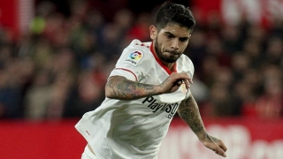 Arsenal target Banega upset with Sevilla management