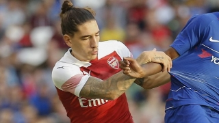 Arsenal fullback Bellerin upbeat on surgery recovery