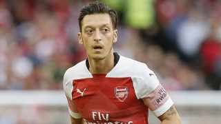 Arsenal boss Emery tells media he can count on Ozil