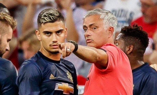 Mourinho takes aim at Man Utd over Klopp, Guardiola club support