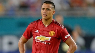 Man Utd striker Alexis able to laugh about freak injury collison
