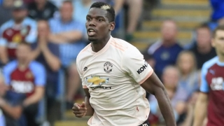 Man Utd fullback Shaw lauds 'magic' Pogba