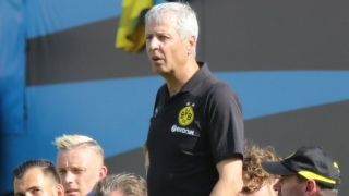 BVB coach Favre has dig at Barcelona over Alcacer success