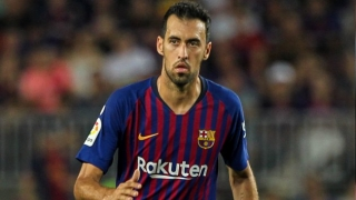 Barcelona midfielder Busquets offers support to off-form Coutinho