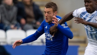 Leicester striker Vardy says retirement furthest thing from his mind