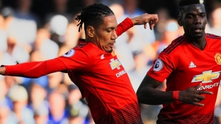 Everton eyeing Man Utd defender Chris Smalling