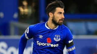 Everton midfielder Gana full of praise for new teammate Andre Gomes