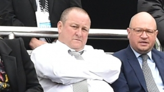 ​Newcastle boss Benitez open to Ashley discussion