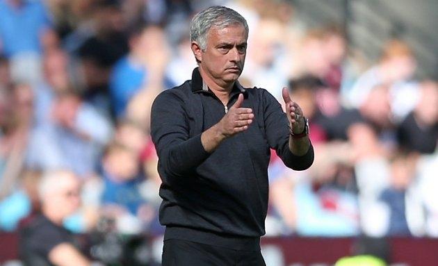 Mourinho announces return: 'I belong to top level of football'