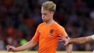Bosz fears for Barcelona signing De Jong: Just like Maradona