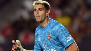 Arsenal keeper Martinez: I'm better than Leno