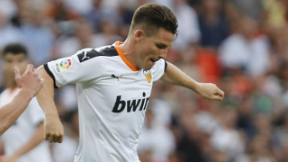 STUNNER! Valencia inform senior stars they're up for sale